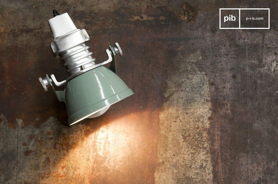 La lámpara de pared Sogelys es un accesorio que