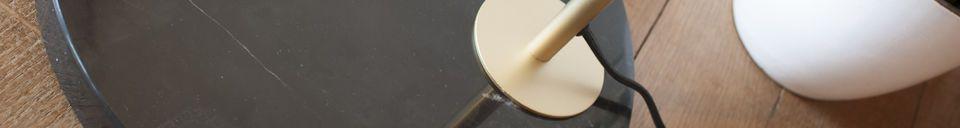 Descriptivo Materiales  Lámpara de pie en latón y mármol de Mogens