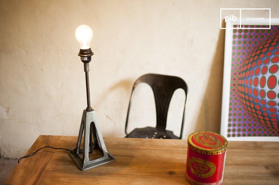 Una lámpara retro con todo el estilo industrial