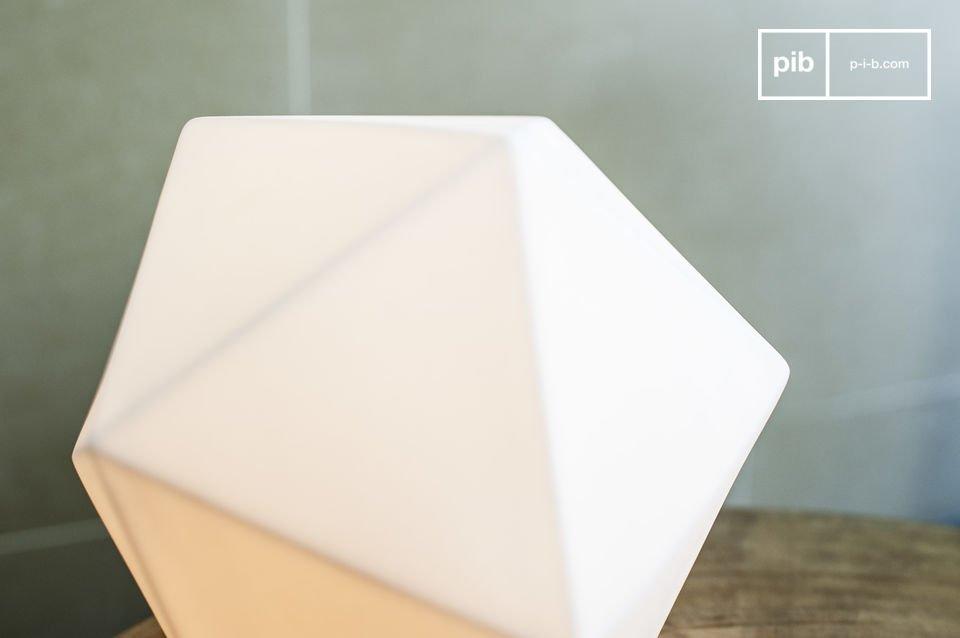 La lámpara Östra es un hermoso accesorio de diseño que además de crear un ambiente acogedor