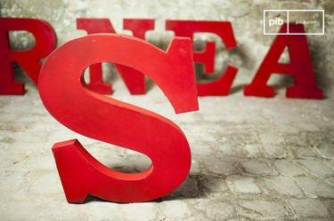 Letra decorativa S