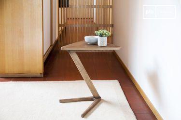 Mesa auxiliar de madera Fleetwood