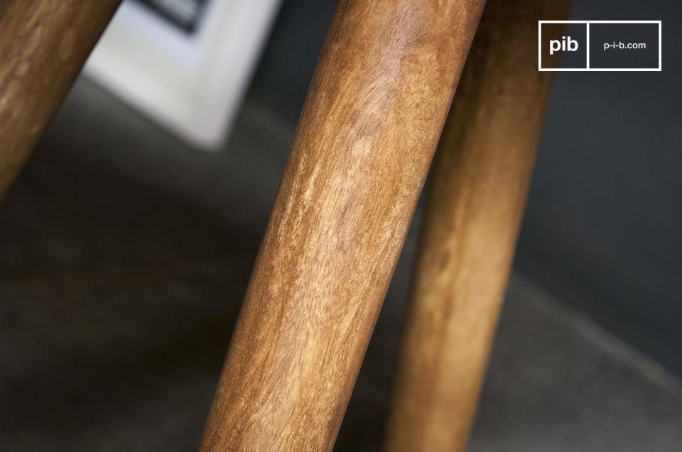 La mesa auxiliar Lünd es una hermosa pieza de mobiliario con todo el estilo escandinavo