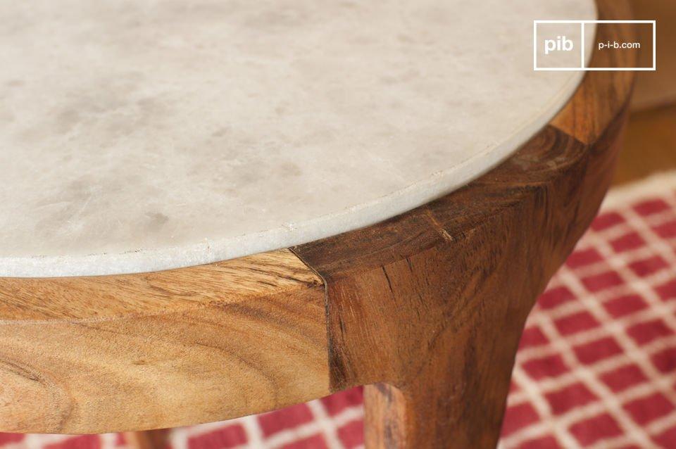 La mesa auxiliar redonda Marmori es estéticamente encantadora
