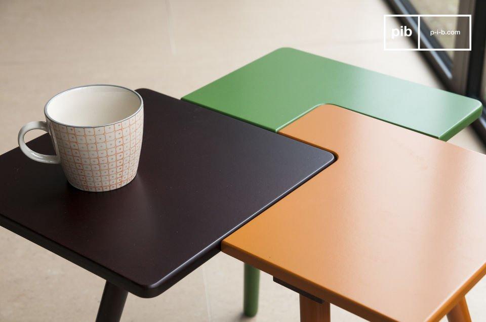 La mesa auxiliar Tridy es una pequeña pieza de mobiliario llena de carisma que le dará mucho del
