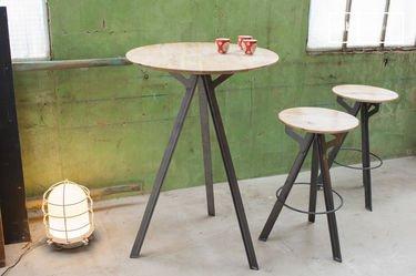 Mesa de bar Jetson