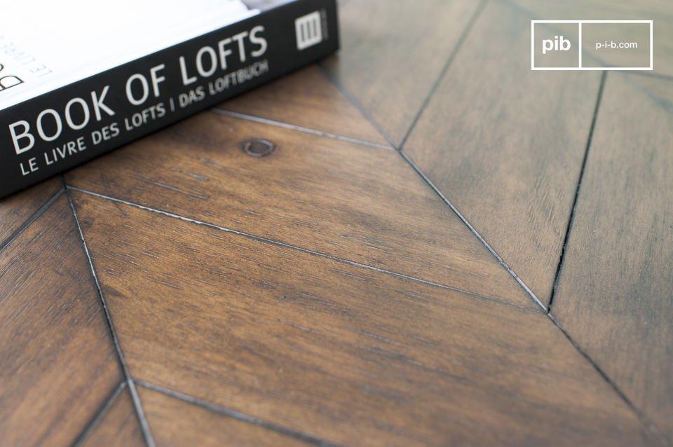 Estas mesas de madera de acacia tiene un acabado muy mate