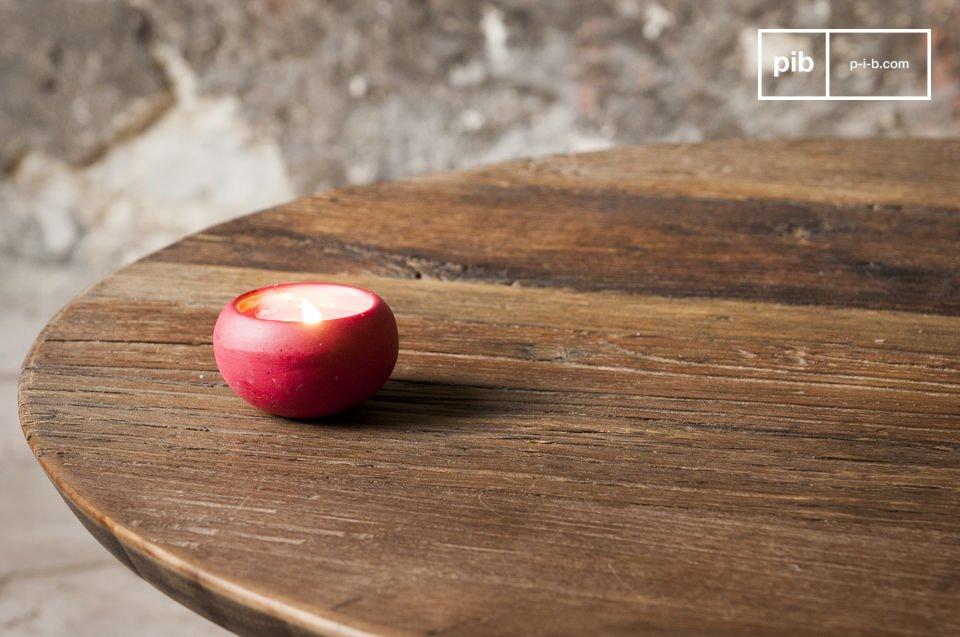 Mesa redonda hecha con madera de olmo