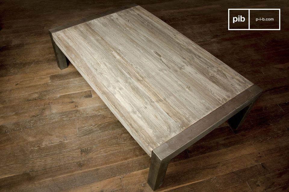 Una fina mezcla de madera teca y metal