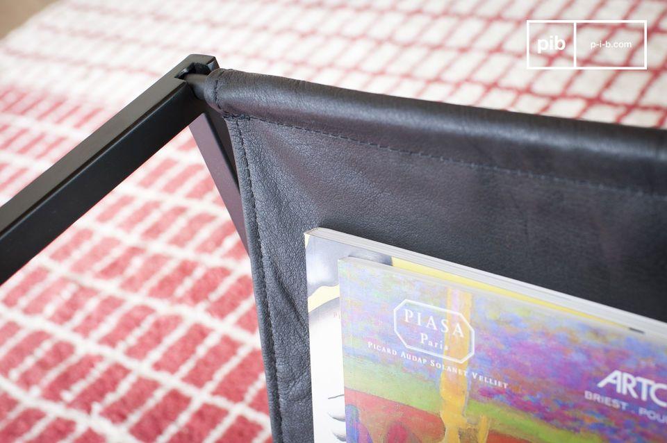 Ingeniosamente diseñada con su sección de revista en un lado y la mesa en el otro