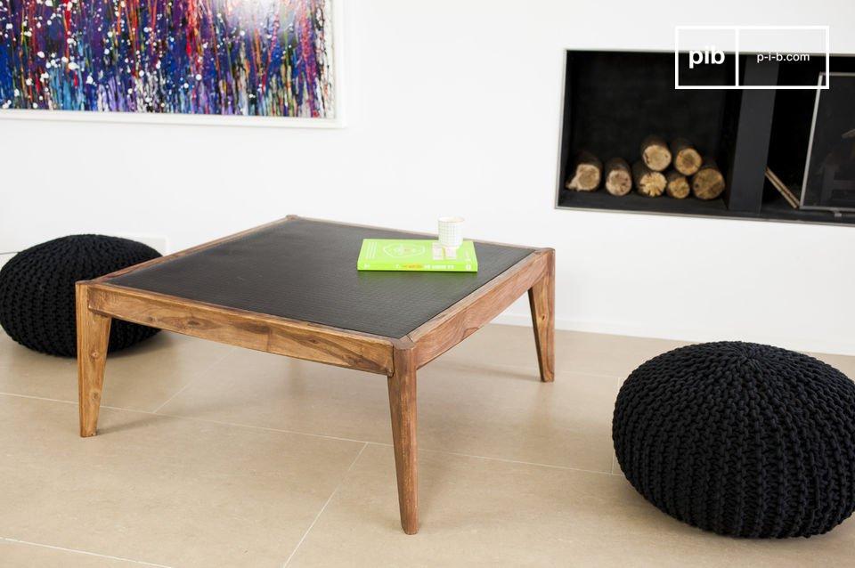 La Mesa de centro Naröd combina la elegancia del estilo nórdico con la durabilidad de una mesa