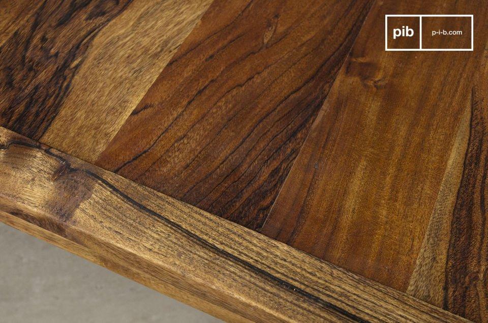 Esta gran mesa de centro será ideal frente a un sofá de más de dos metros de largo