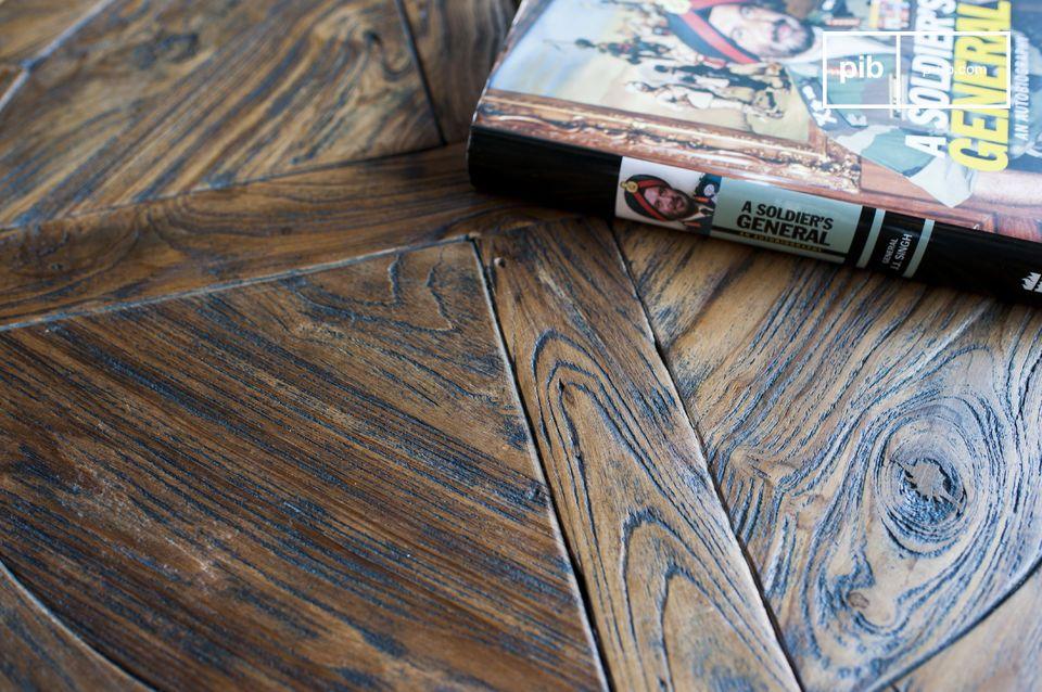 Mesa ajustable hecha de madera Teca.