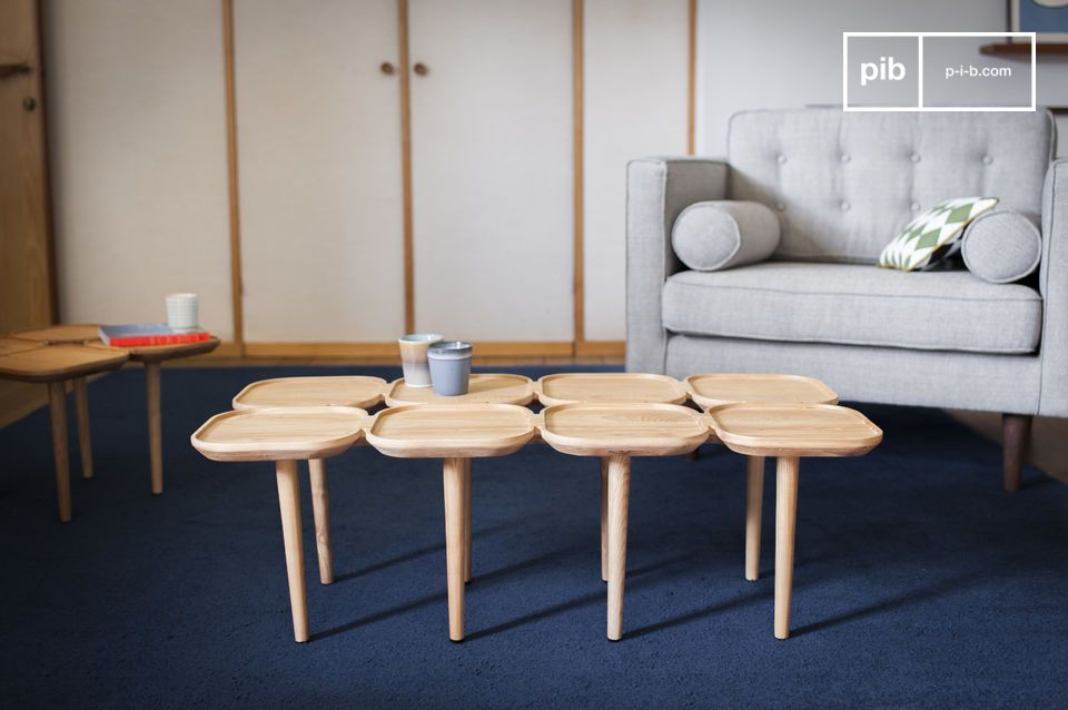 Una mesa de centro original con múltiples tapas