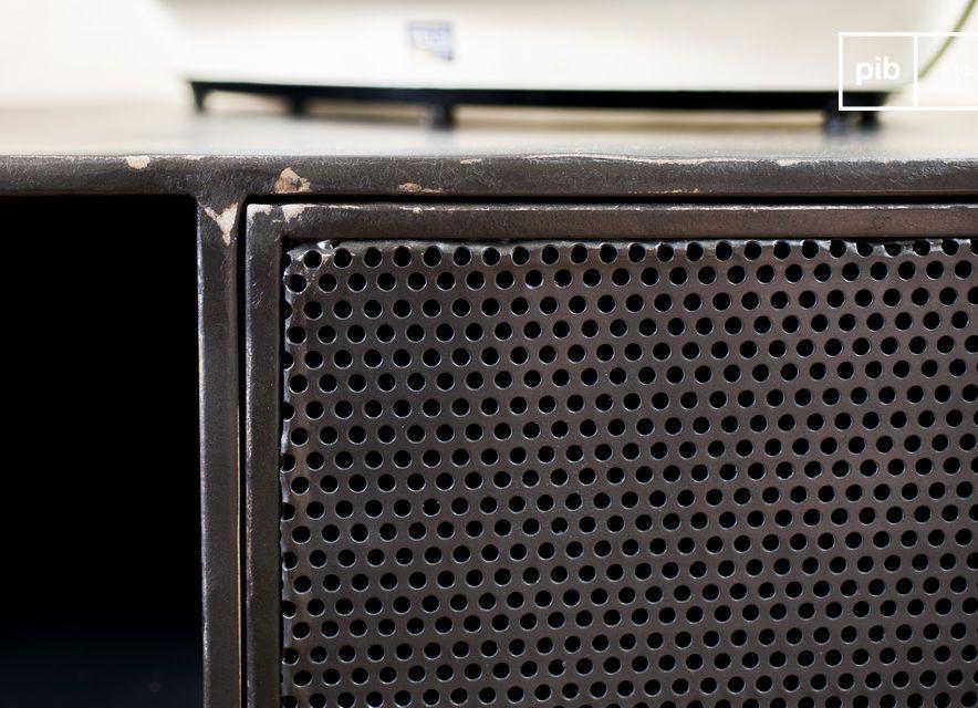 Un mueble que combina brillantemente dos estilos diferentes para un resultado original y exitoso: