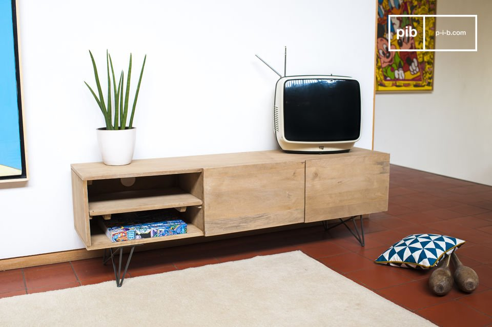 mueble tv zurich de madera clara y con esp ritu retro pib. Black Bedroom Furniture Sets. Home Design Ideas