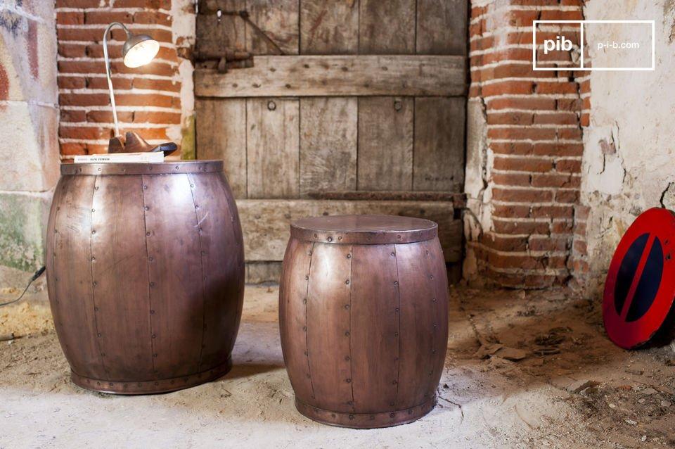 Par de mesas de cobre