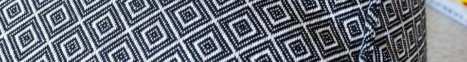Descriptivo Materiales  Puf Cabourg en blanco y negro