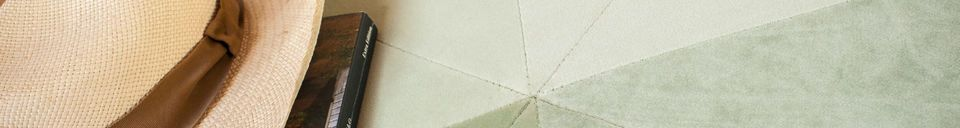 Descriptivo Materiales  Puf verde grande de terciopelo Skagen