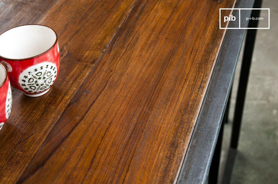 El set Finn incluye una mesa y dos sillas