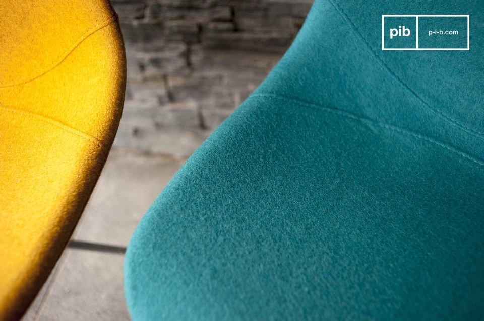 La silla Piramis es perfecta para volver su comedor