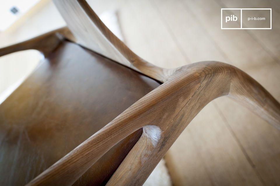 Su diseño es el elocuente testimonio de una ebanistería de excepcional calidad