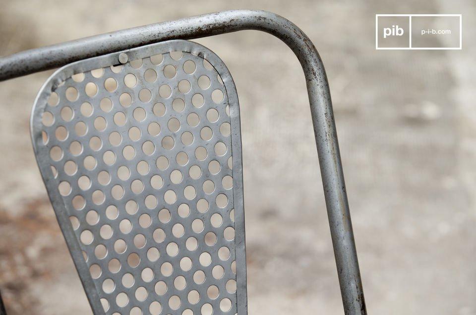 Váyase por una silla robusta y original