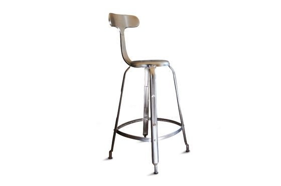 Silla de bar con remaches Clipped