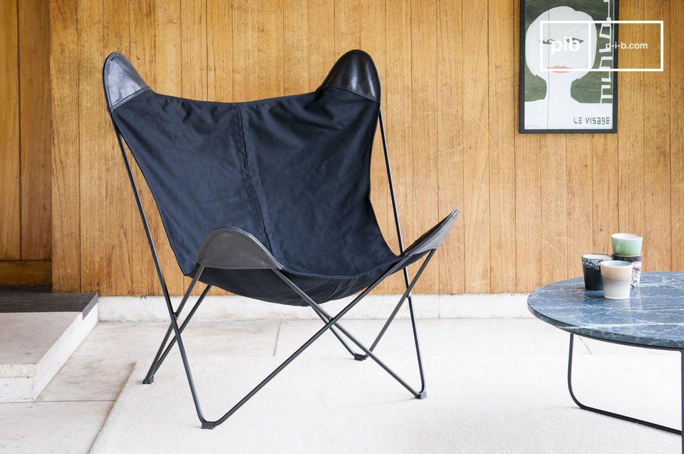 Black Colina es mucho más que una silla de lona: es una verdadera invitación a la relajación