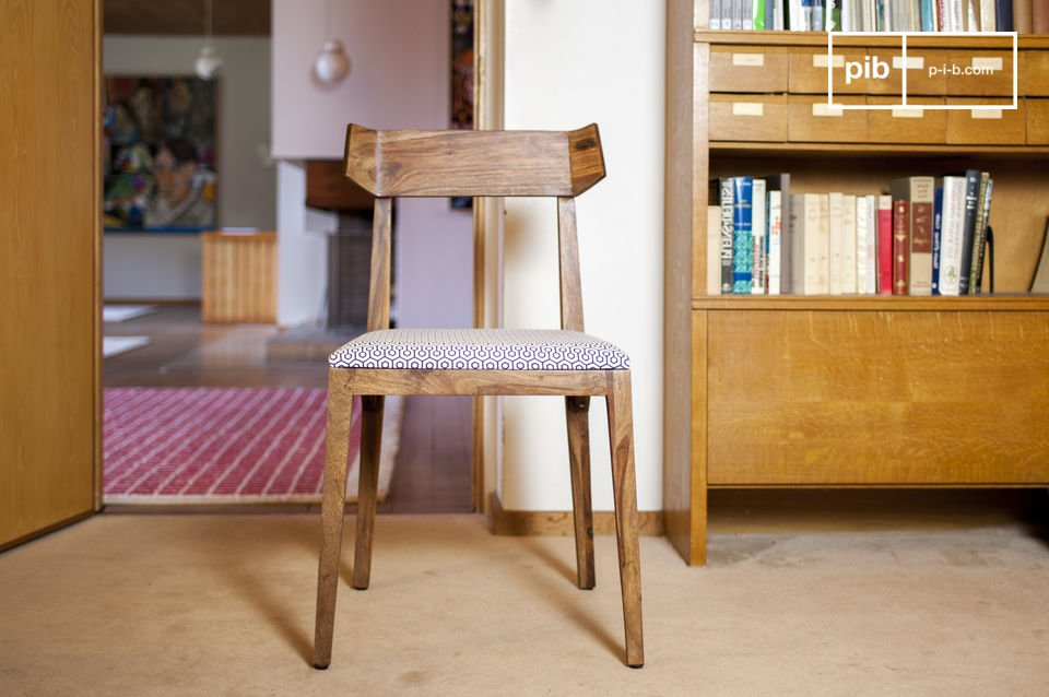 Una silla de diseño cómoda y elegante