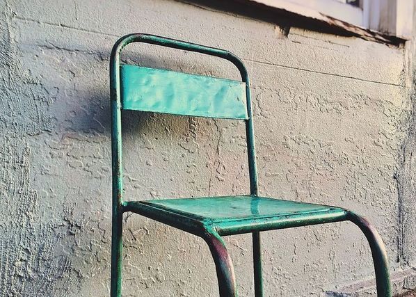 silla en metal vintage