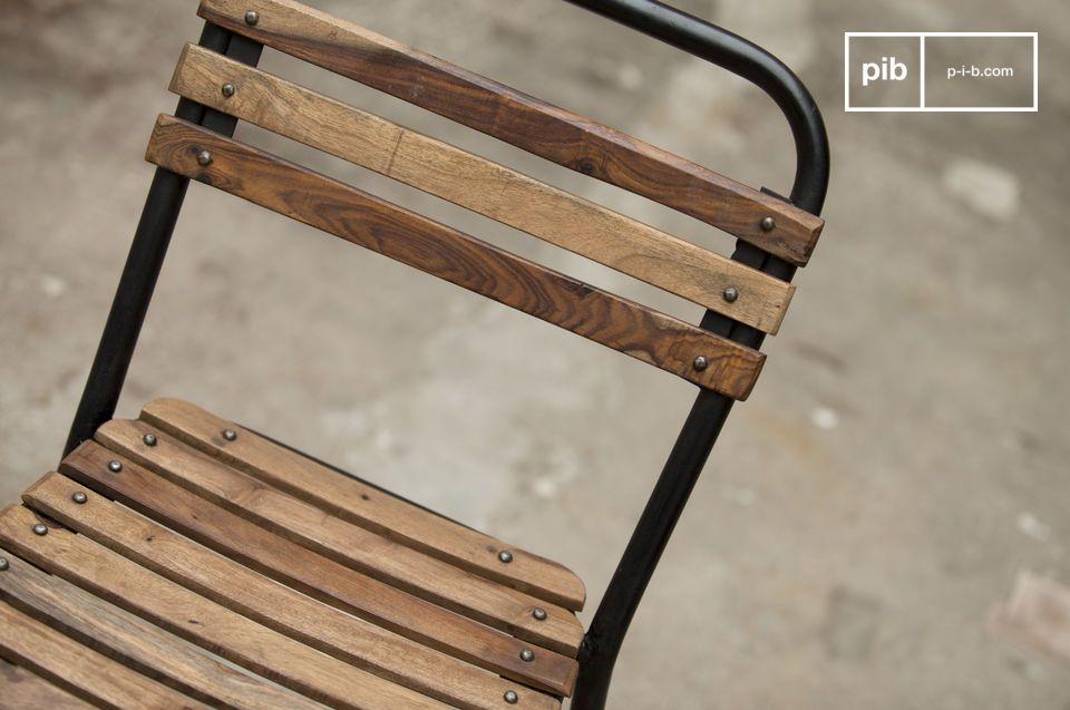 El estilo industrial vintage combinado con metal y madera