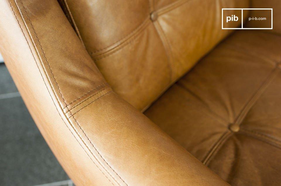 El espesor de los cojines y el tamaño generoso dan el sillón un alto nivel de comodidad