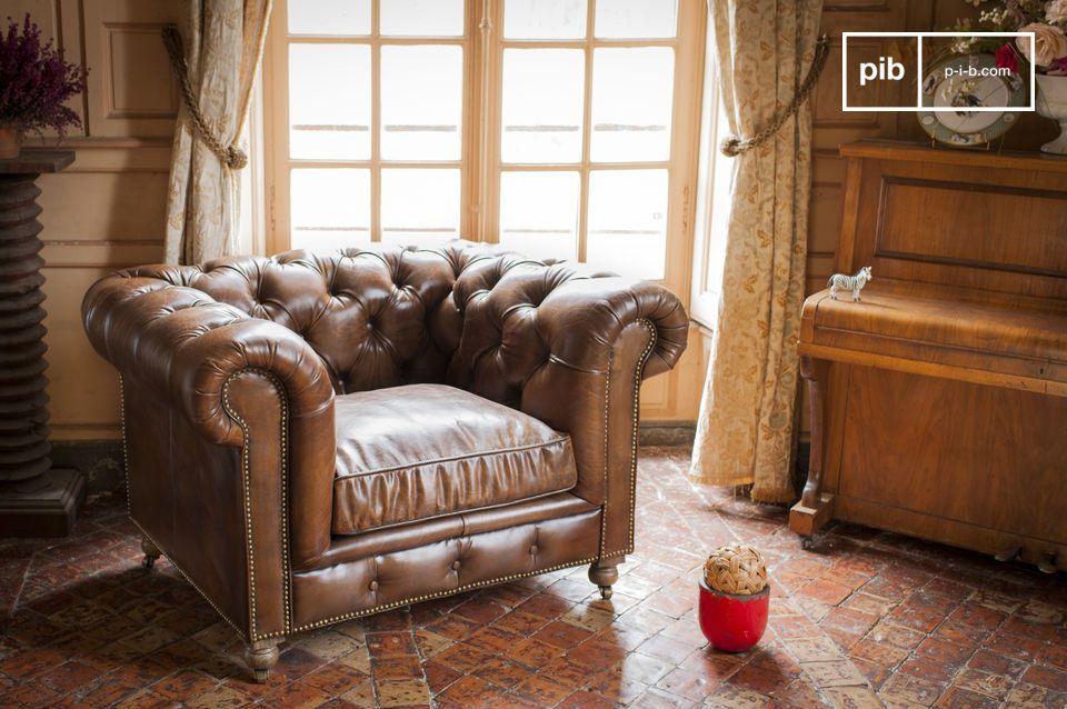 Lleve un toque de club inglés a su salón con el sillón Saint Paul