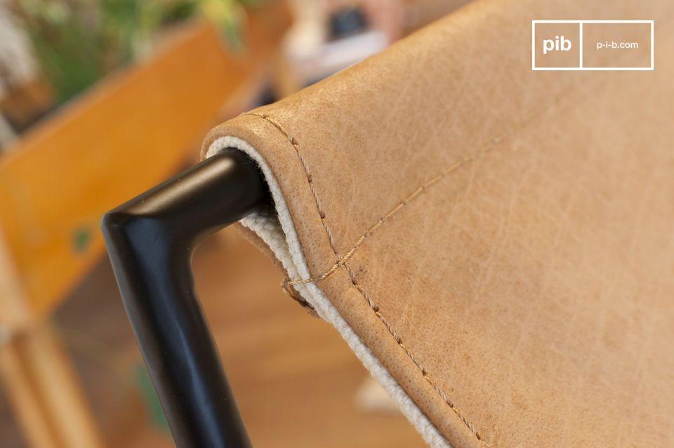 Una silla que combina confort