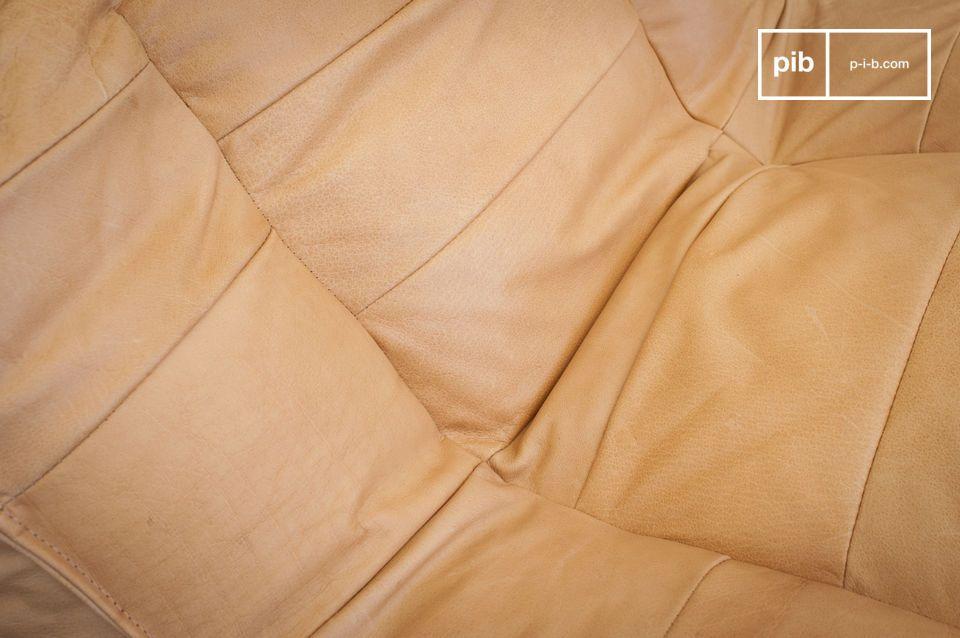 Declinada en un hermoso tono de marrón claro