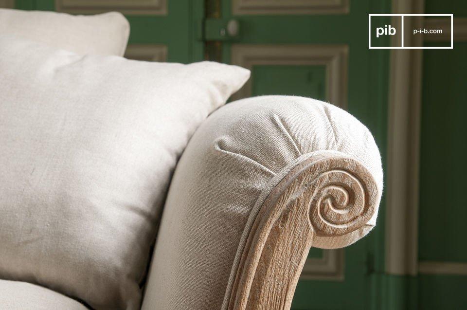 Los cojines están cubiertos con ropa de cama, que se puede quitar fácilmente para su lavado
