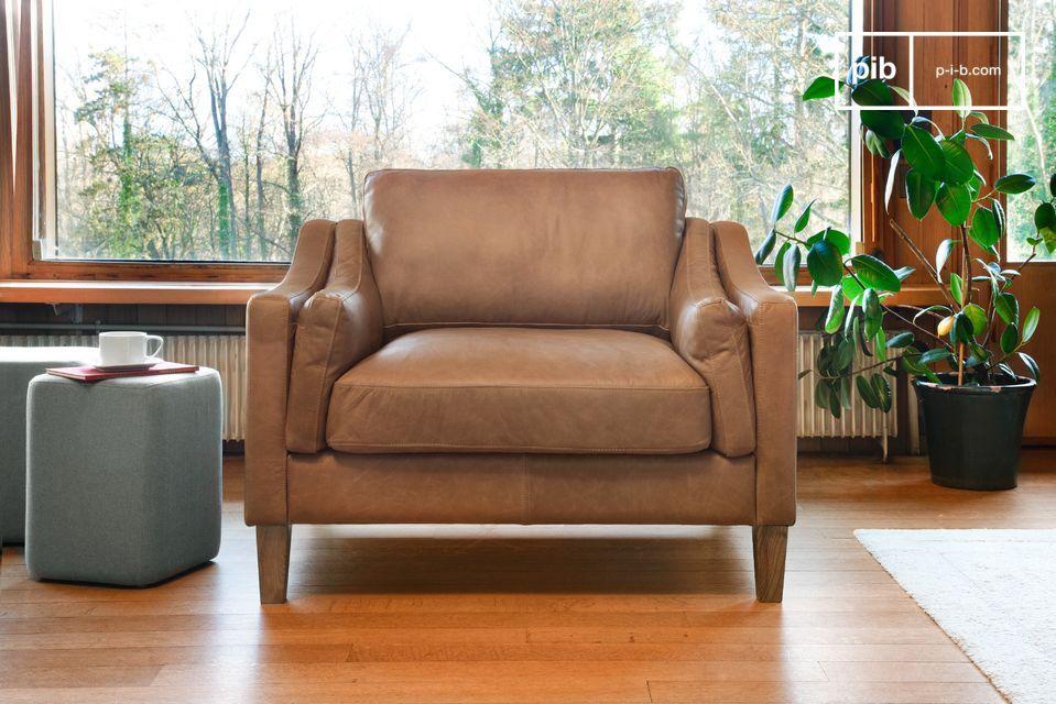 Un elegante sillón de arena 100% piel flor
