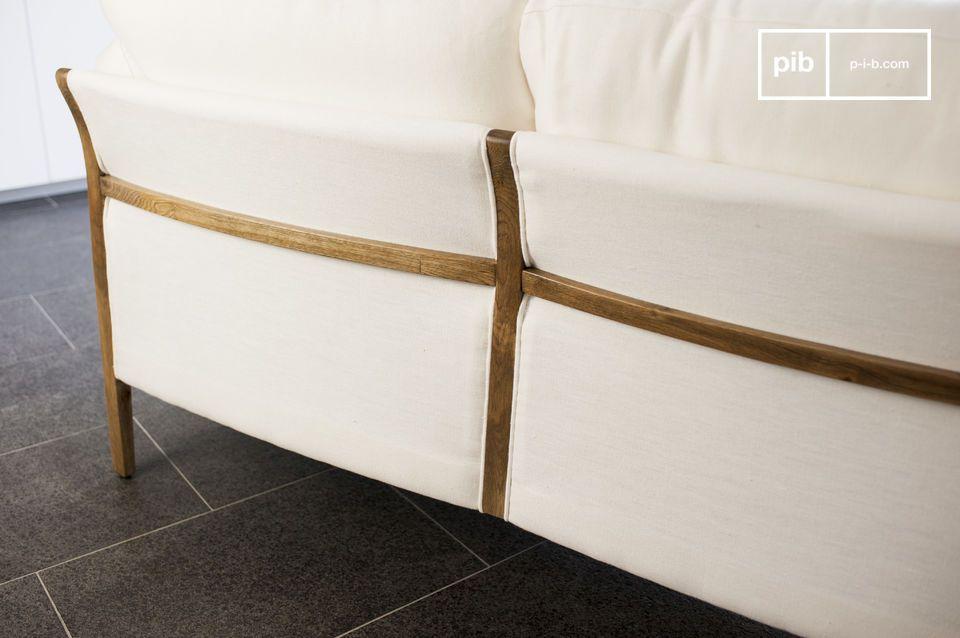 La elegancia de una gran sofá con toques vintage