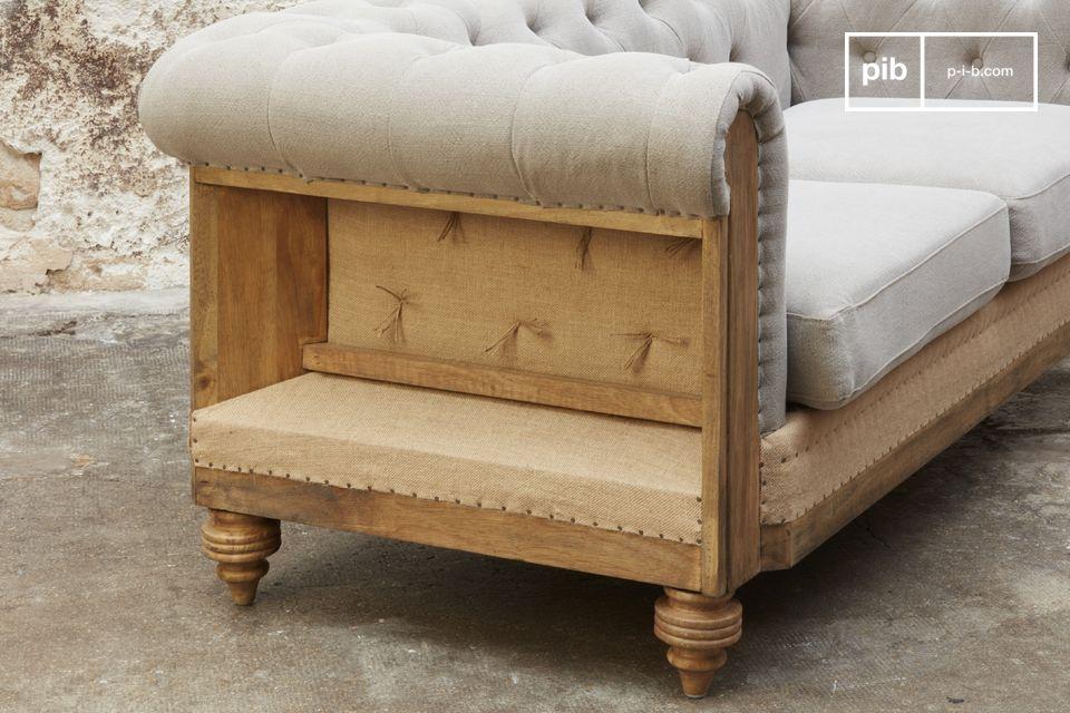 Excepcionalmente confortable con sus cojines de asiento acolchados y desmontables
