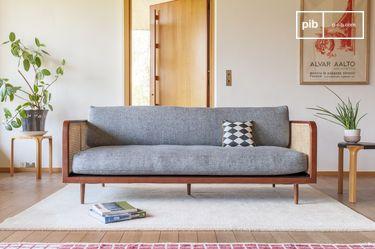 Sofá de madera y caña Starheim