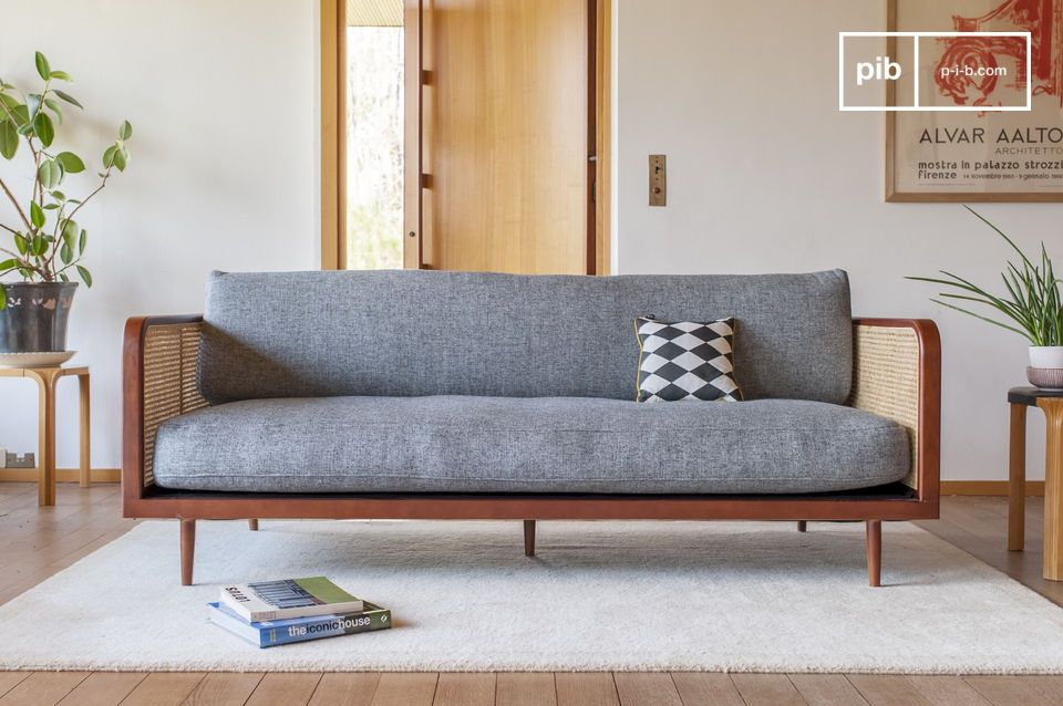 Un sofá atípico sublimado por su alma en caña
