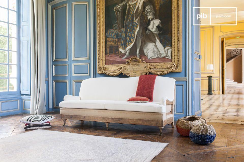 Sofá de lino con espíritu shabby chic
