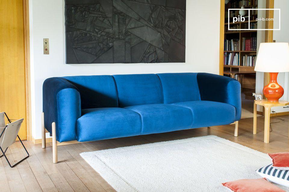Un Sofá de 3 plazas con Espíritu Escandinavo, perfecto para introducir un toque de color