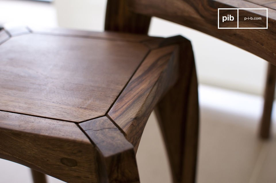 Tres mesas que se podrán poner en diferentes partes de la habitación o agrupadas como una mesa de