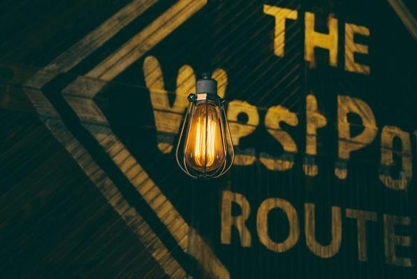 Una lámpara colgante vintage